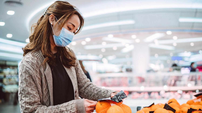 Koronavírus: napi 50 ezer beteg Indiában, kötelező tesztet fontolgat Németország