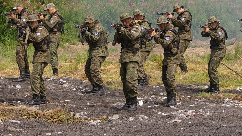 Fegyverkezik Lengyelország - Két fenyegetést meg is neveztek