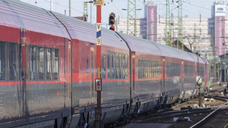 Új vasúti megállót jelentett be Vitézy Dávid Budapesten