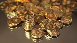 kereskedjen bitcoinokkal az opciókról)