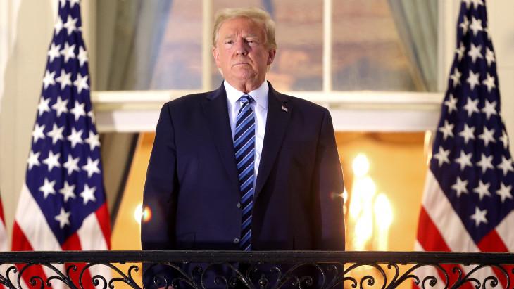 Itt a fordulat Trumptól: átadja a hatalmat Bidennek