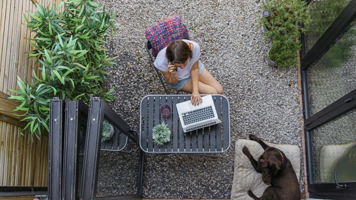 munka otthonról nagyvállalatok számára