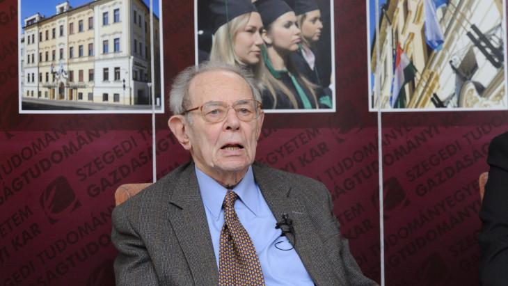 Elhunyt Kornai János Széchenyi-díjas közgazdász