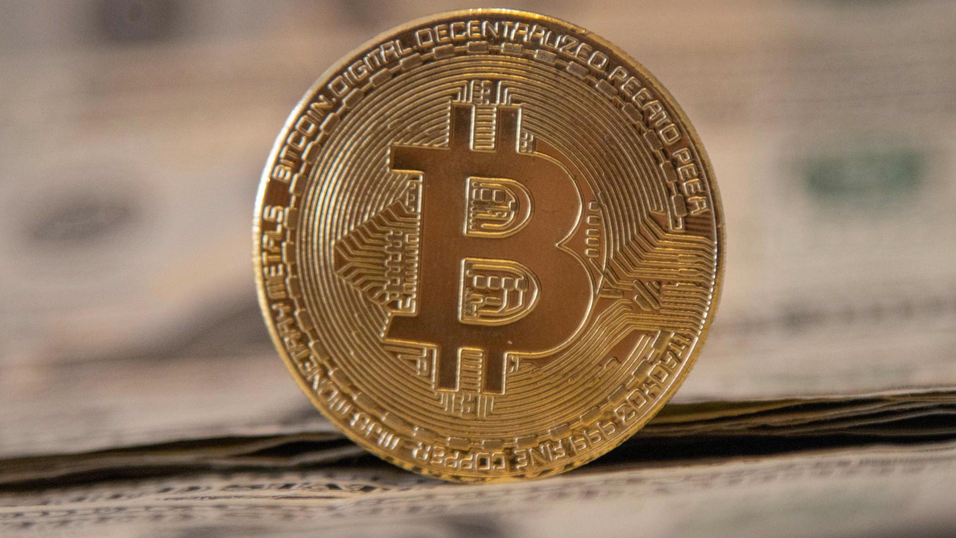 miért esik ma a bitcoin