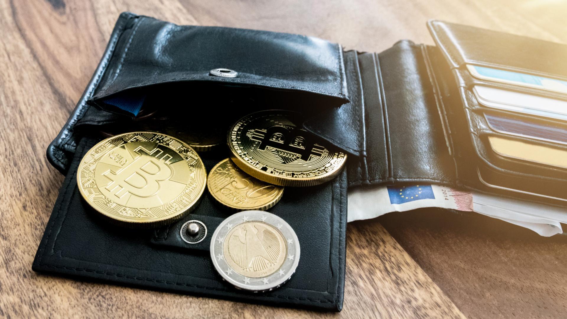 hol kell fizetni a bitcoin-t)