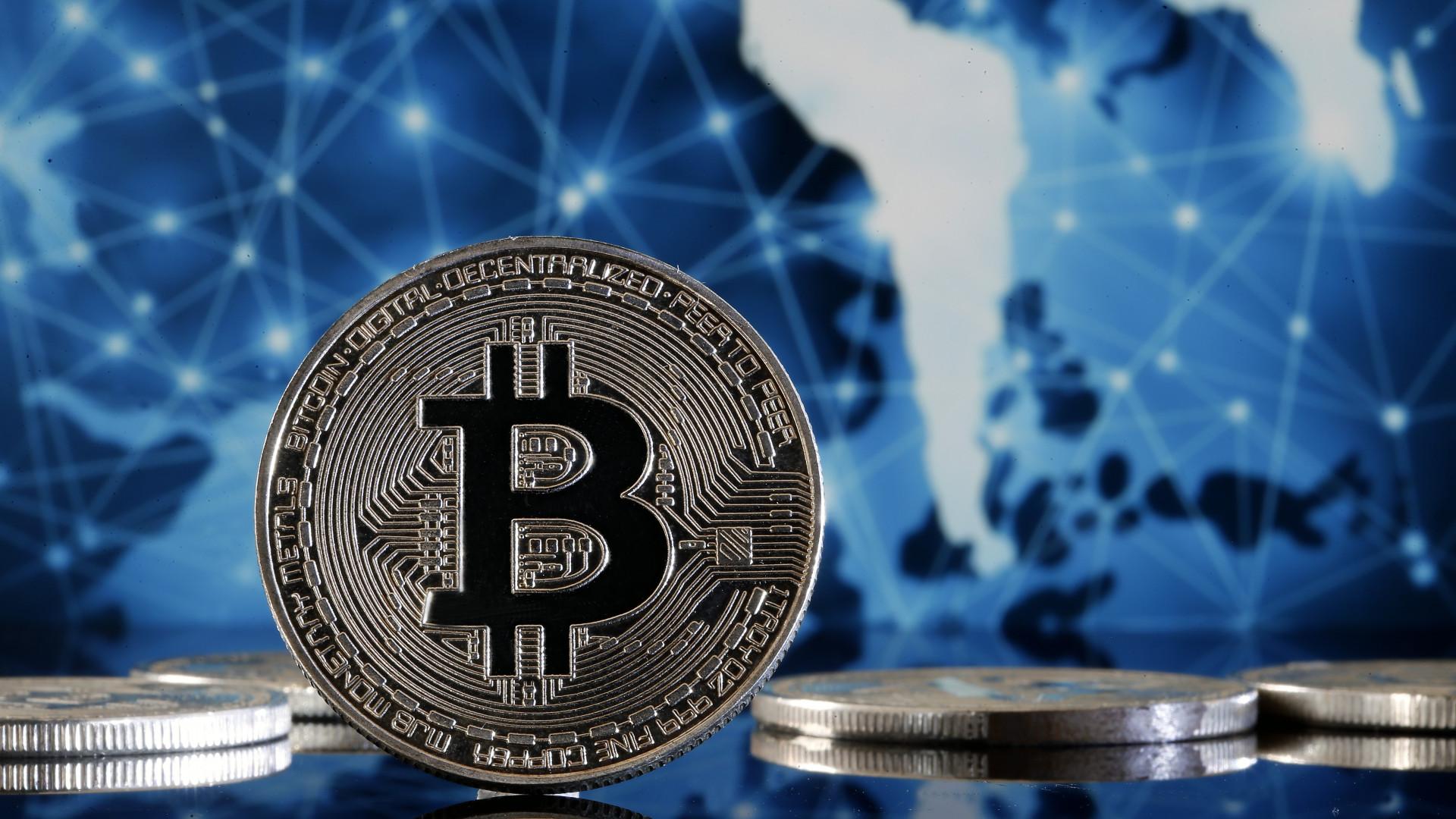 mikor jelent meg a bitcoin