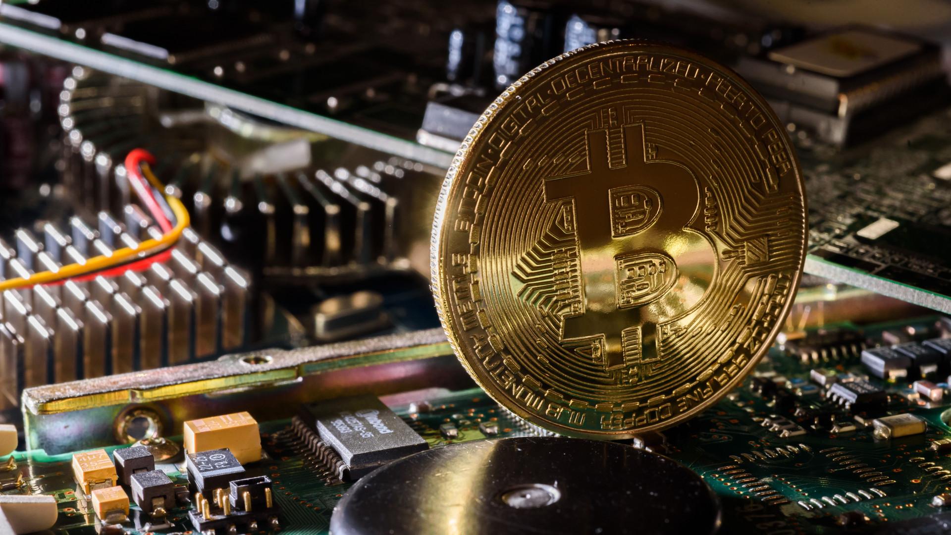 mennyibe kerülnek a bitcoin kereskedők