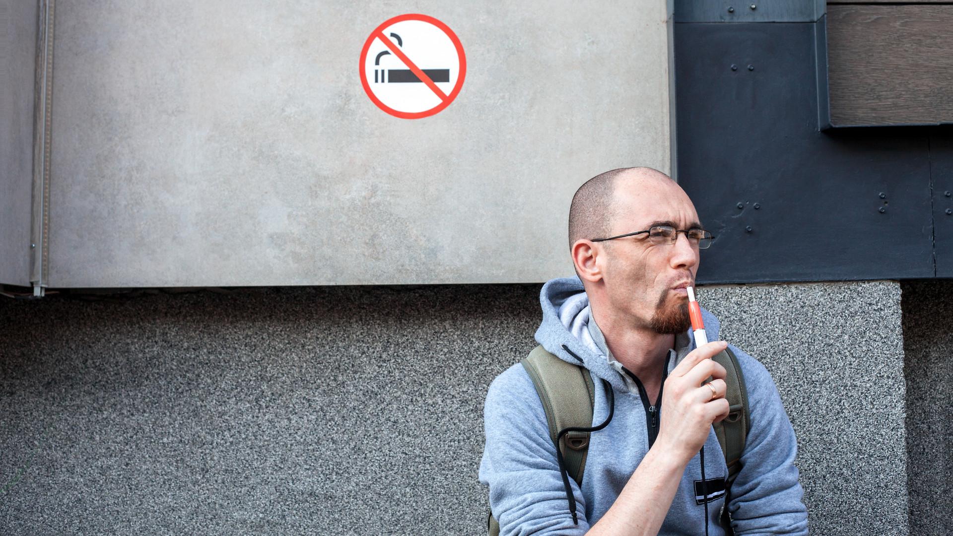 A dohányzás modern eszközei, Tartalomjegyzék