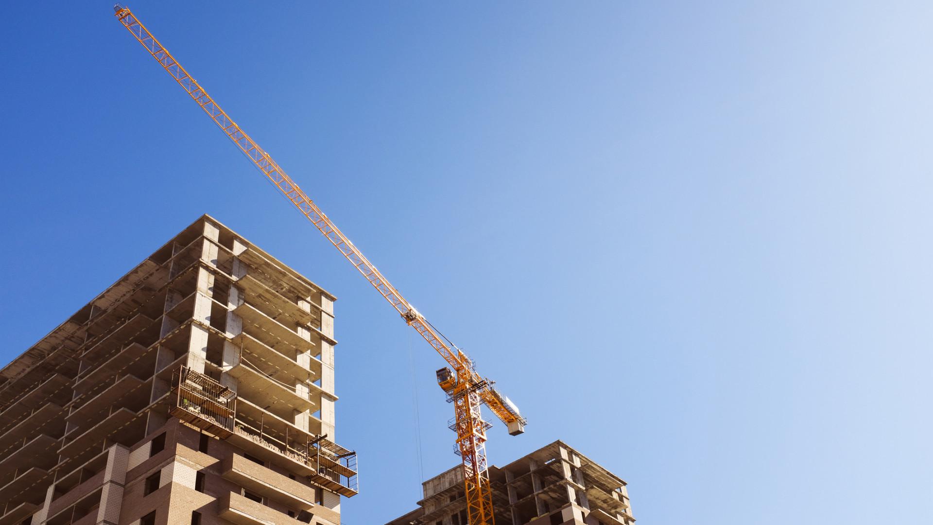Elmérgesedő építőipari viták: sokszor avatkozik be az igazságügyi szakértő
