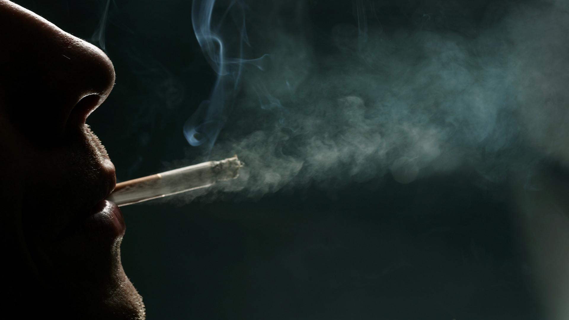 miért hagyják abba az emberek a dohányzást a dohányzásról való leszokás nyomása