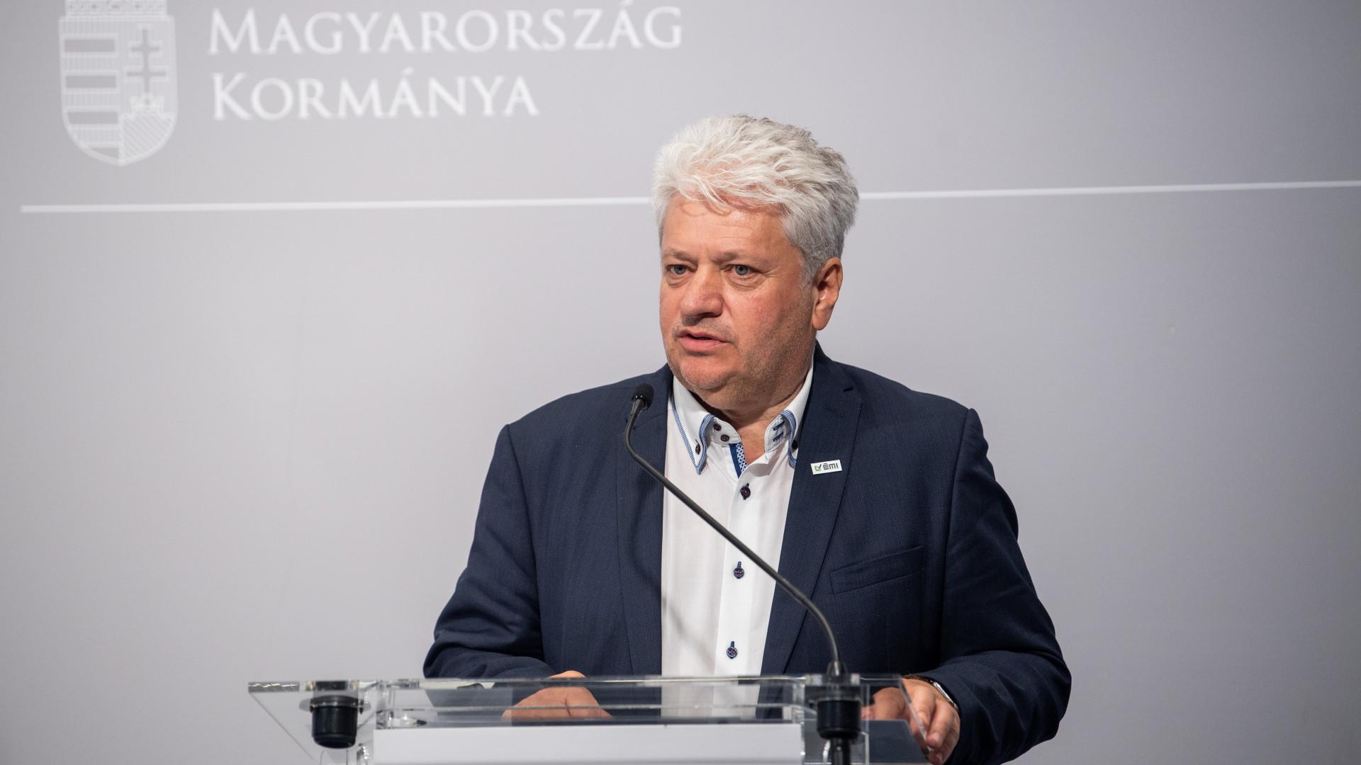 Oroszországgal is egyeztet a kormány az építőipari anyagok beszerzéséről