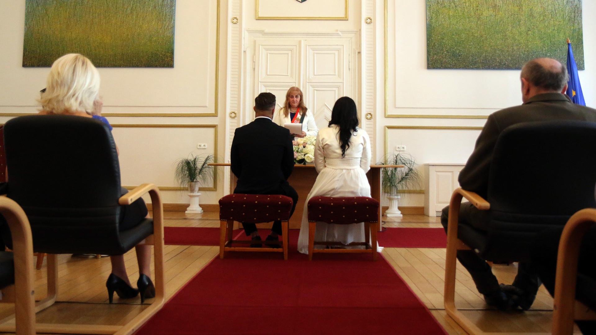 Kiderült, mi az egyik oka annak, hogy berobbant a házasságkötés Magyarországon
