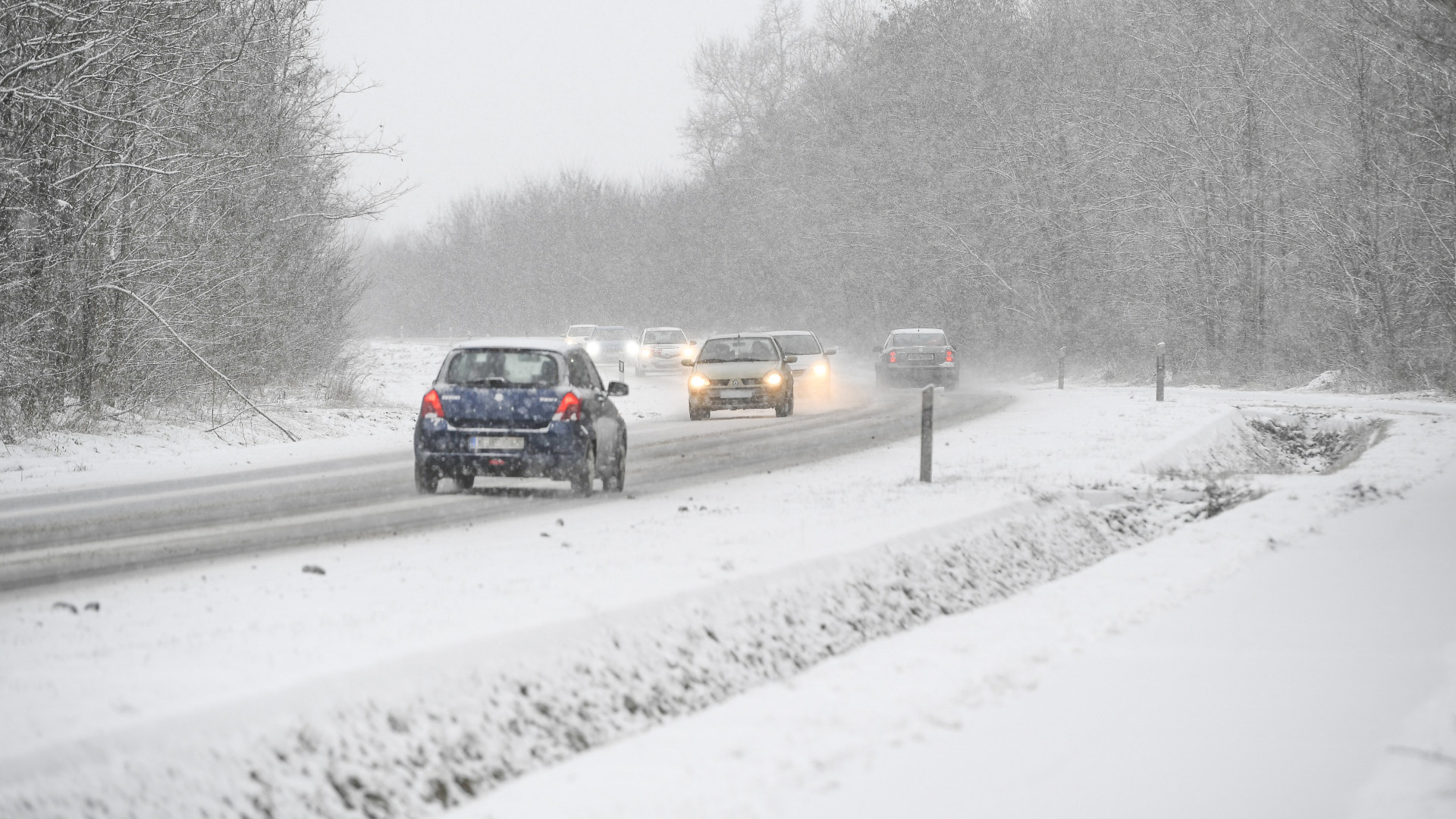 Vasárnap beköszönt a tél, hóesés várható egész Magyarországon
