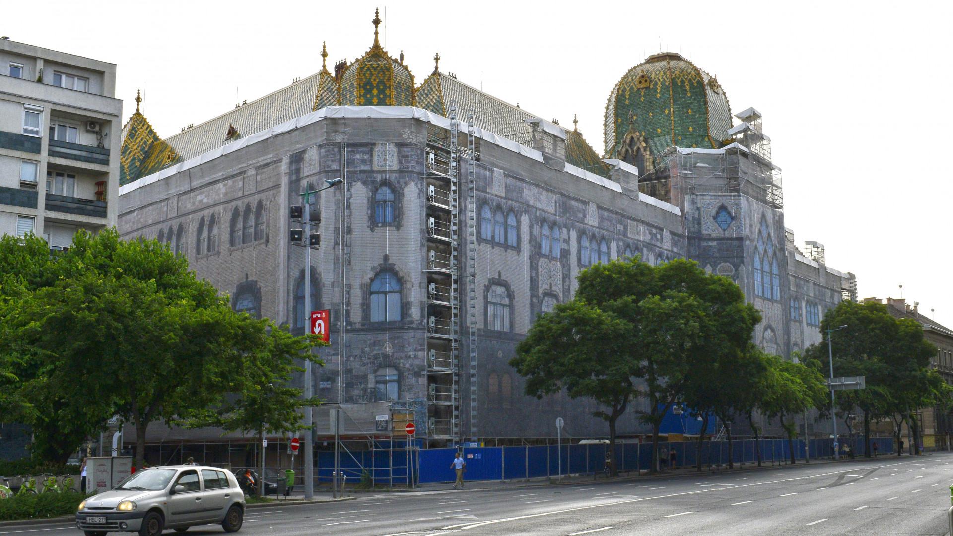 Indulhatnak a munkák: ezek a cégek végezhetik az Iparművészeti Múzeum felújítását