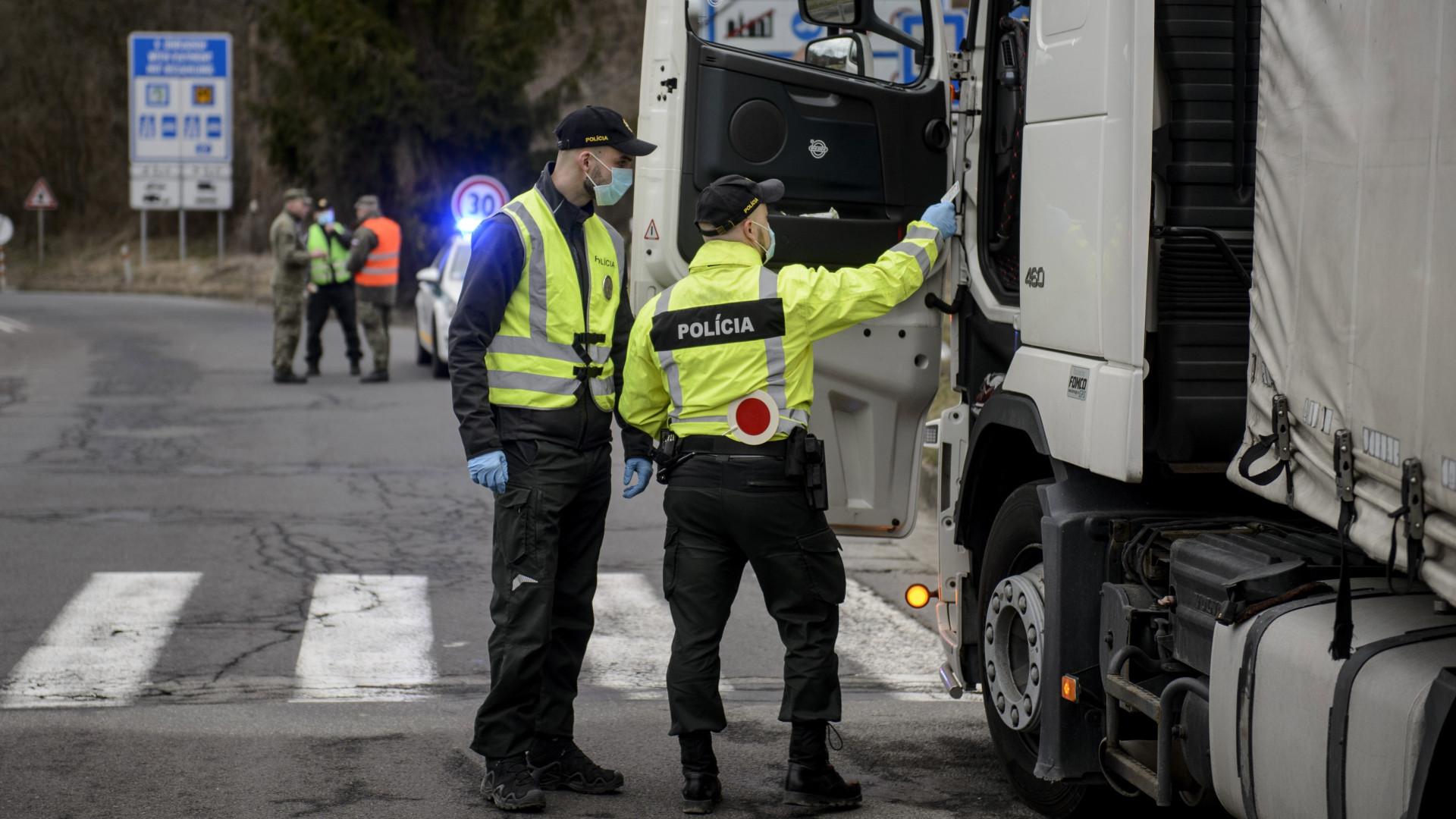 Koronavírus: ezeken a határátkelőkön jöhetnek át a kamionok Magyarországra