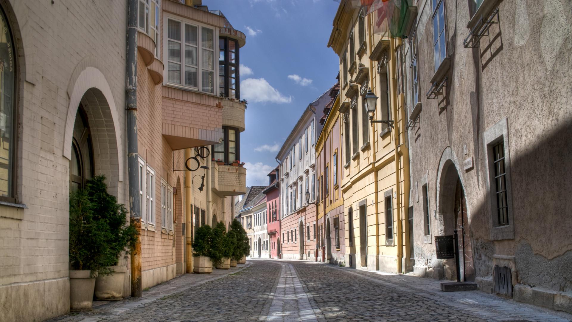 Új rekordok dőltek meg a magyar lakáspiacon – Nagyobb lett a szakadék, mint eddig volt