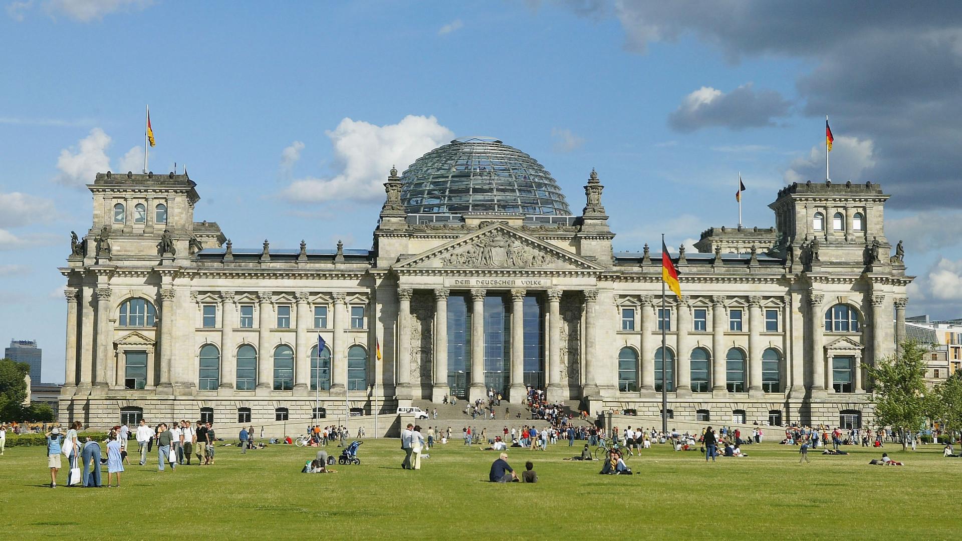 Német választás 2021: a szélsőbal és a szélsőjobb is ringbe száll a hatalomért
