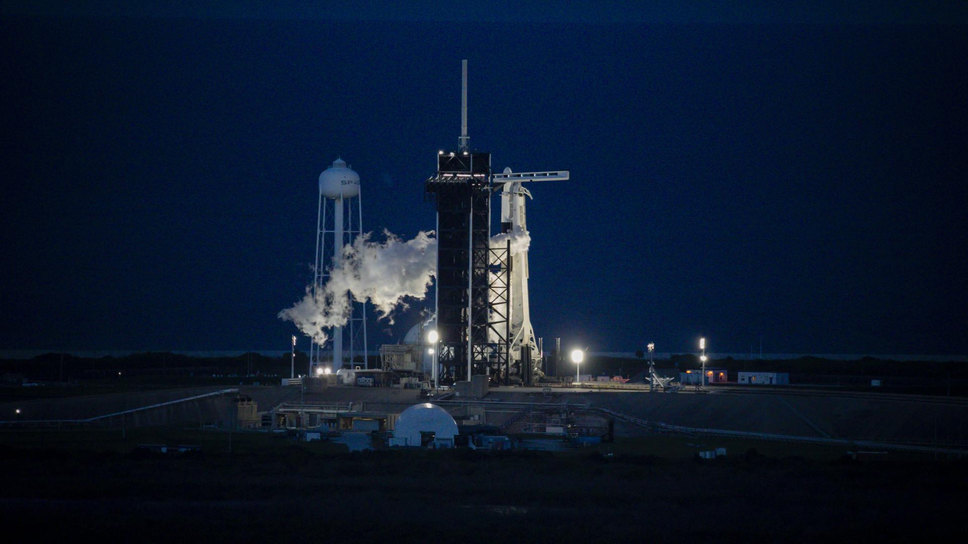 Sikeresen visszatért a Földre a SpaceX kizárólag amatőr űrhajósokat szállító űrhajója