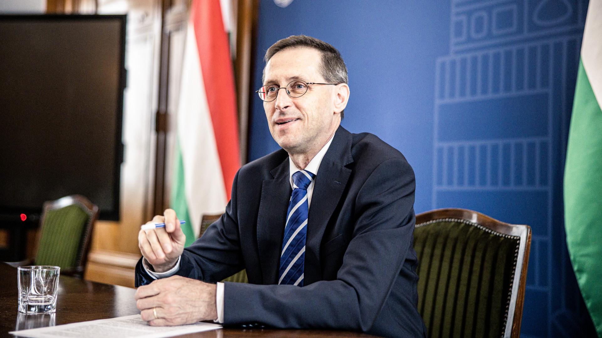 Varga Mihály: már készül a NAV a hatalmas pénzvisszatérítésre