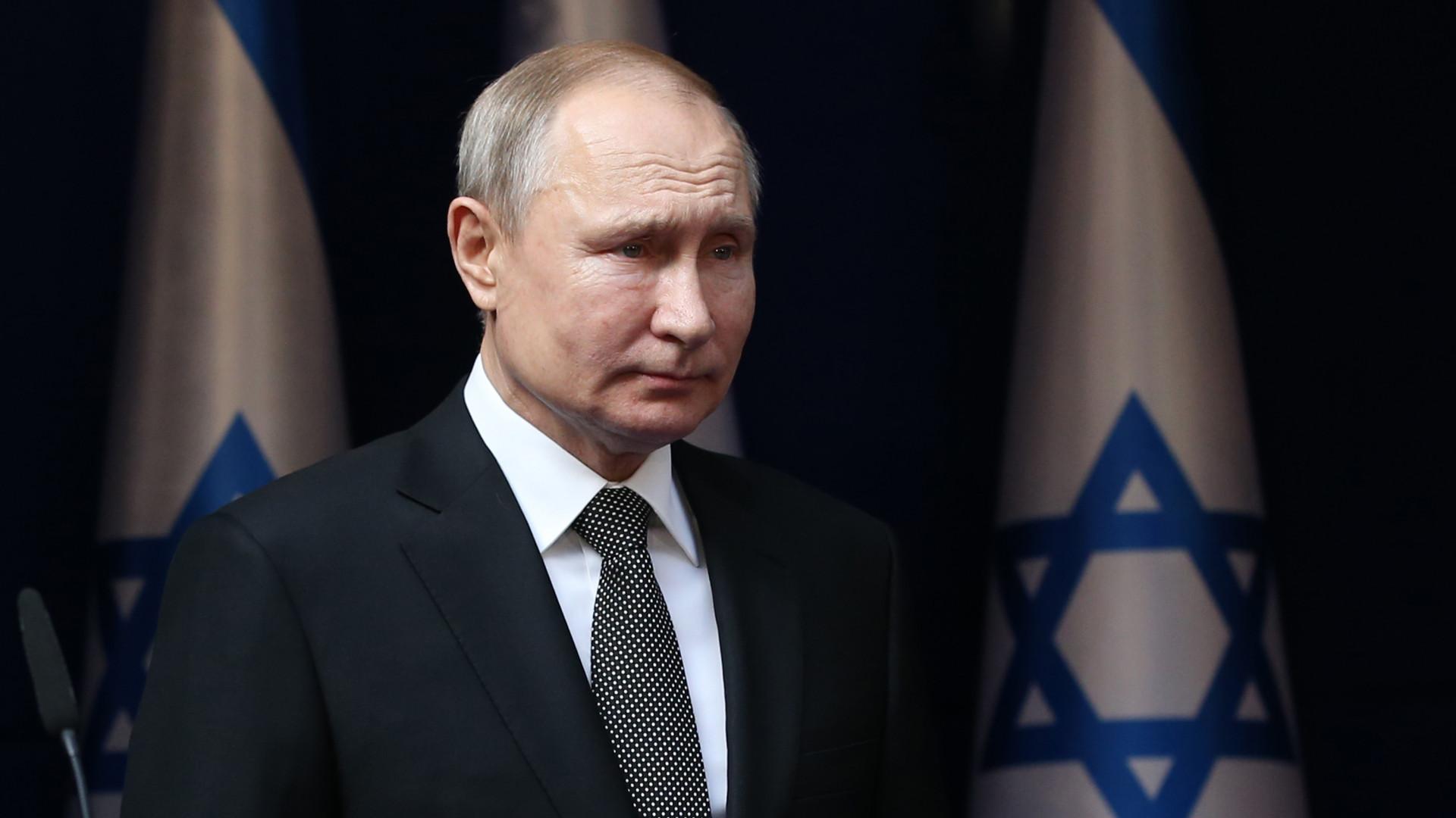 Vlagyimir Putyin Szocsiba hívta az izraeli miniszterelnököt