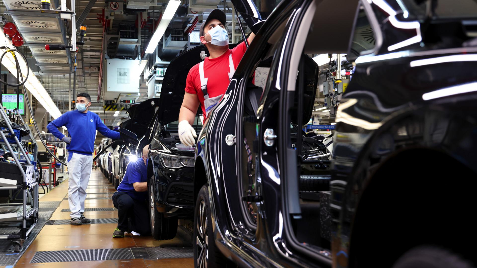 Újabb katasztrófa fenyegeti az európai autógyártást