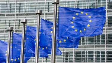 57% of Hungarians in favour of the euro, EU survey finds