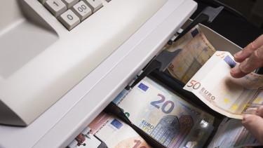 A magyarok is örülhetnek: olcsóbb lesz külföldre utalni