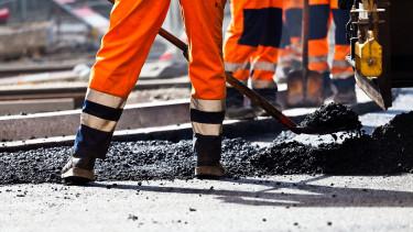 A nagy útépítések repítik egyre tovább a magyar építőipart