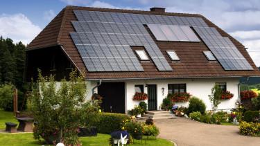 A szomszédnak is eladhatjuk majd a napelemeinkkel termelt áramot