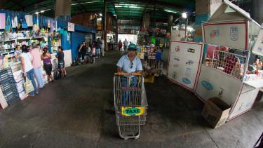 A történelem egyik legsúlyosabb hiperinflációjába sodródik Venezuela