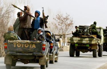afgán fegyveresek