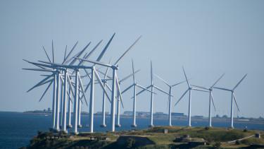 Aggasztóan lassul a nap- és szélenergia terjedése Európában