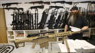 amerikai fegyverbolt egy 50-es kaliberű rombolópuskával