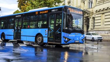 Amikor a buszvezető is tátott szájjal néz - Élesben teszteltük a jövő közlekedését Budapesten
