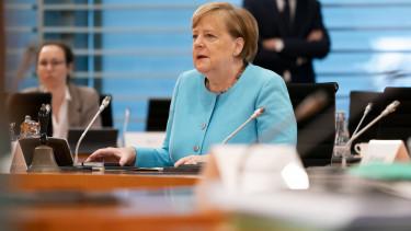Angela Merkel nemet koltsegvetesi elenkito csomag 200604