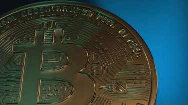 Aranykeresztet rajzol a bitcoin, emelkedés jöhet