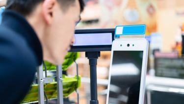 arcfelismerő terminál érintésmentes fizetés biometrikus azonosítás