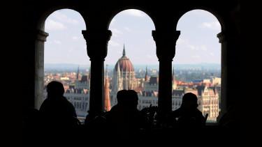 Átlépte a magyar milliomosklub a bűvös határt - Sosem voltak még ilyen gazdagok