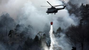 ausztria-legnagyobb-erdotuz-helikopter-magyar-hatar