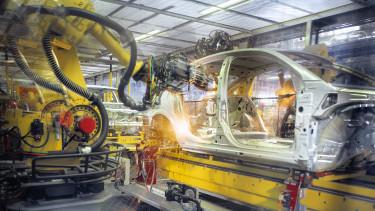 autóipar járműgyártás robot