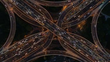 autópálya hálózat éjszaka