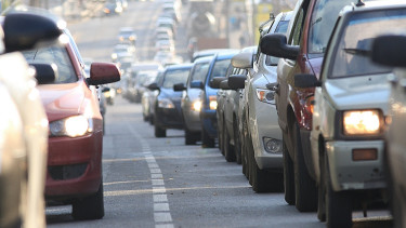 Autósok, figyelem! Komoly könnyítést ad a kormány