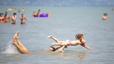 balaton nyár nyaralás