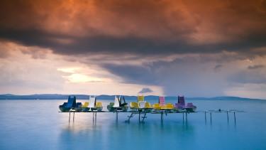Balaton strand víz felhő vihar