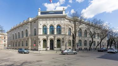 Bankbotrány: kirúgnák a lett jegybankelnököt