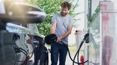 benzin üzemanyag