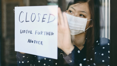 bezárás closed zárva amerika kína ázsiai lány