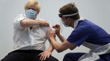 boris johnson vakcina oltás