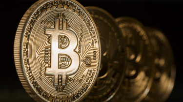 hogyan csinálsz pénzt a bitcoinból)