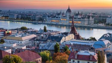 budapest lakás parlament